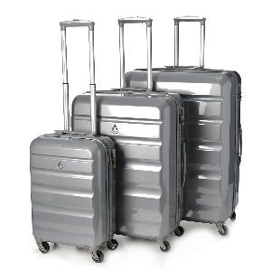 Aerolite-Makrolo-Suitcase-Set.jpg